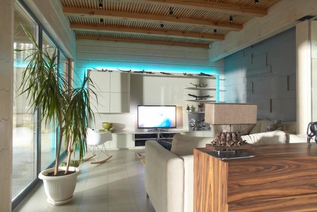 空間演出に影響する家具の素材について
